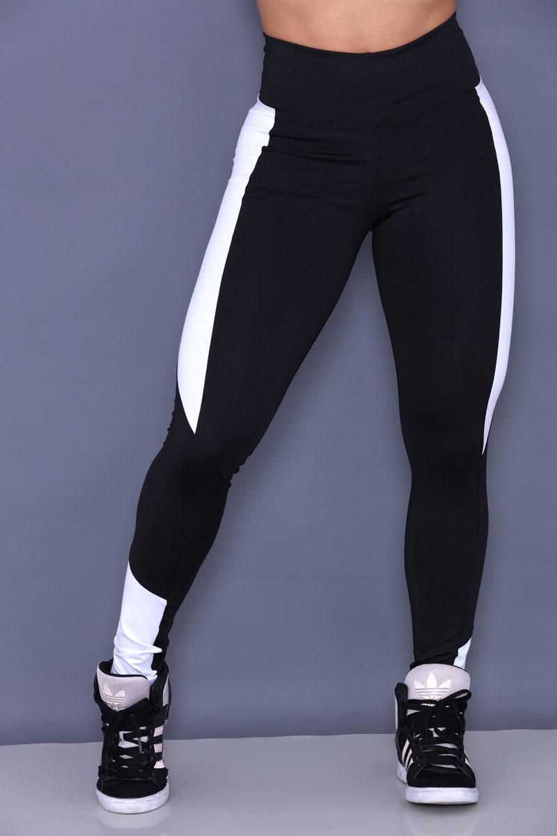 Calça Legging de Poliéster em recortes laterais - Body Fitness Clothing