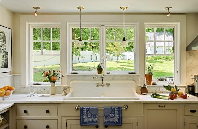 Mini Pendant Lights Over Kitchen Sink Design