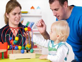 Άραγε οι γονείς πρέπει να συμμετέχουν στη θεραπεία; Της Λογοθεραπεύτριας Ξένιας Ουσάκοβα.