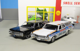 Auto World 1969 Chevy Kingswood Estate hobby exclusive