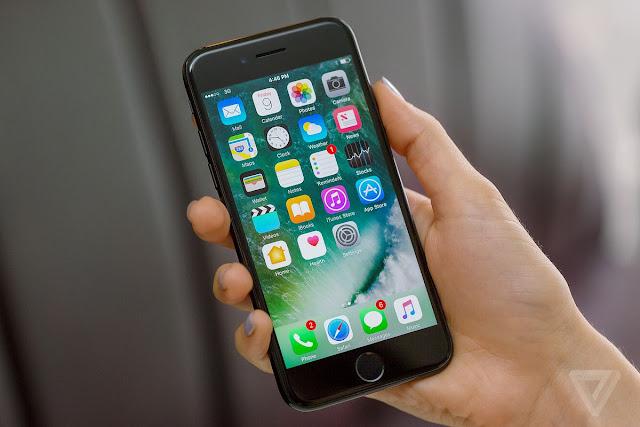O imperdível Leilão da Receita Federal tem iPhone pela metade do preço (Imagem: Reprodução/Internet)