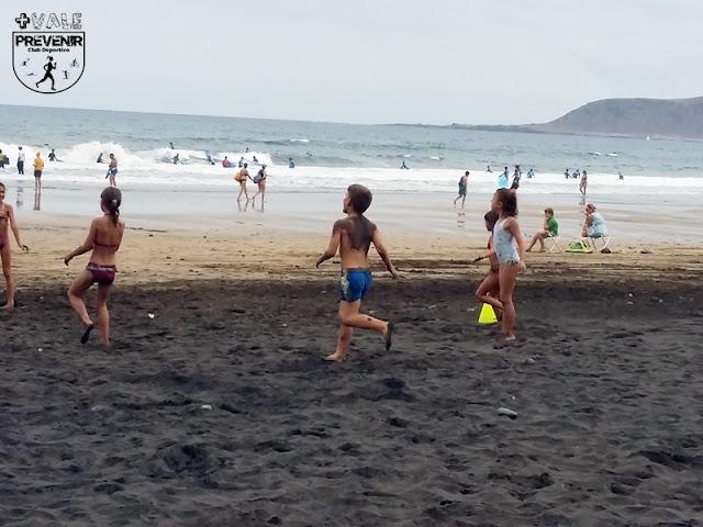 juego playa niños