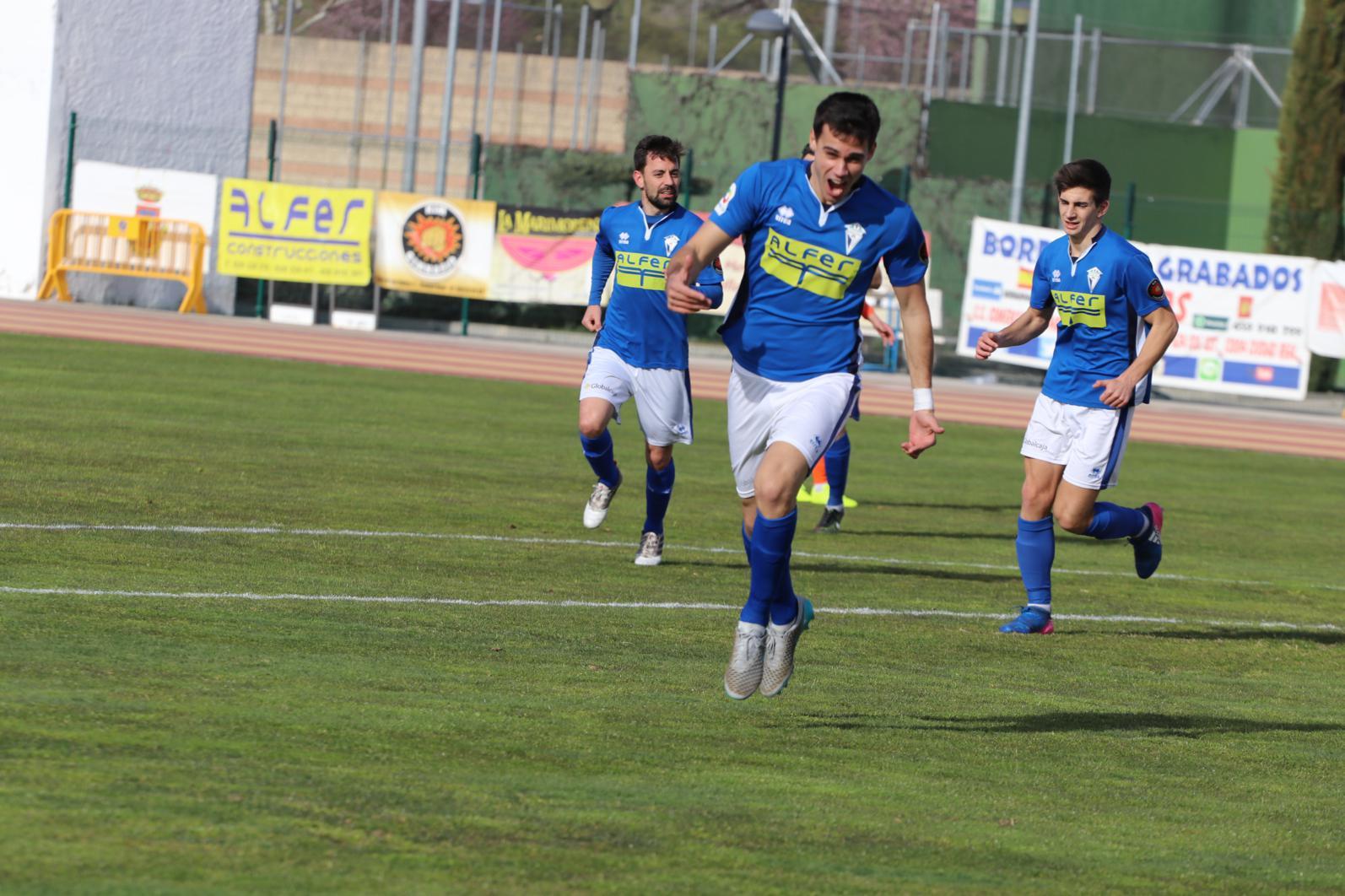Victor celebra el gol de la victoria (Foto Juan Gallardo)