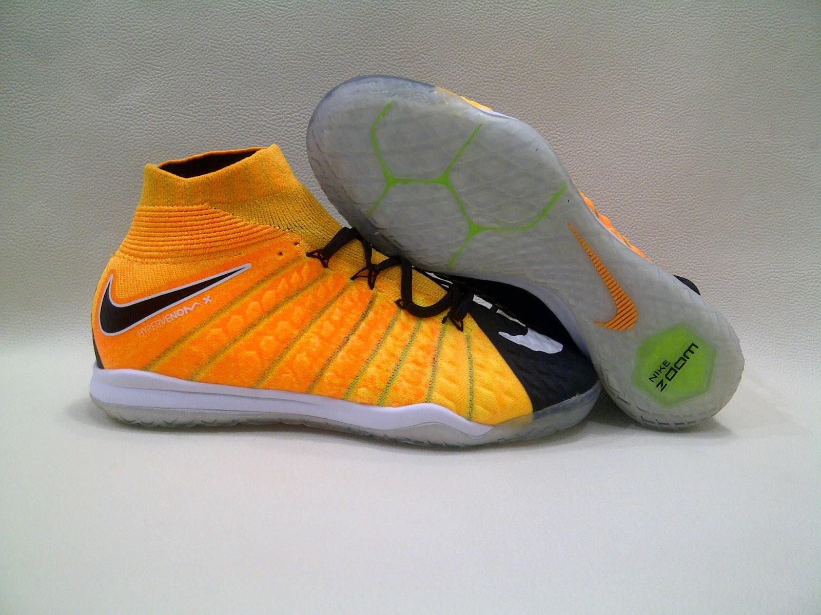 ... Laser Orange IC. Nike Hypervenom X Proximo III DF Black IC 9505804568