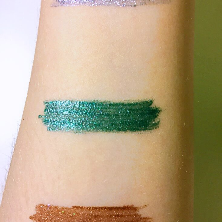 wet n wild Fantasy Makers megaliner Metallic Liquid Eyeliner Goblin Green swatch