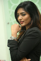 Actress Eesha Looks gorgeous in Blazer and T Shirt at Ami Tumi success meet ~  Exclusive 036.JPG