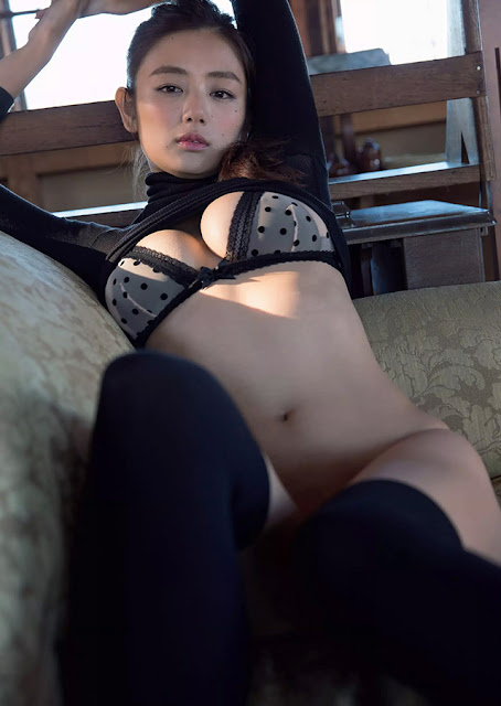 Hot girls Katayama Moemi japan victory secret 5