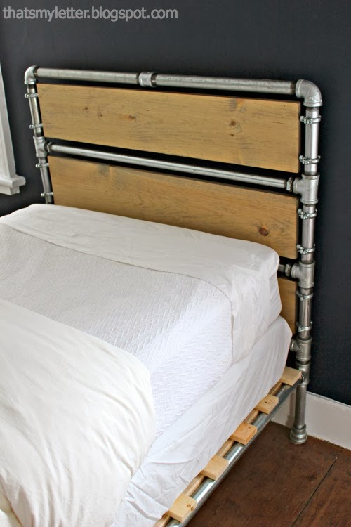 That's My Letter: DIY Pipe & Wood Slats Bed