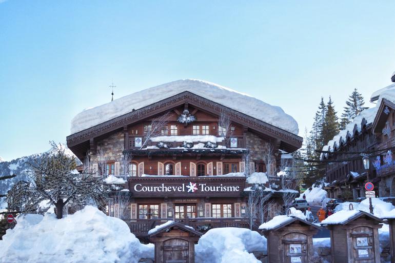 Office de tourisme de la station de Courchevel en hiver