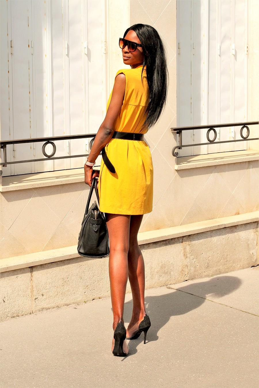 robe-jaune-zara-sac-celine-escarpins-transparents