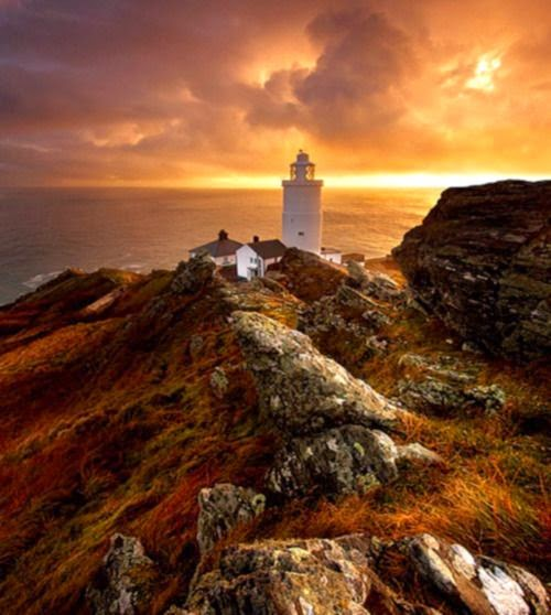 Beautiful Lighthouses around the World -Start Point Lighthouse, England
