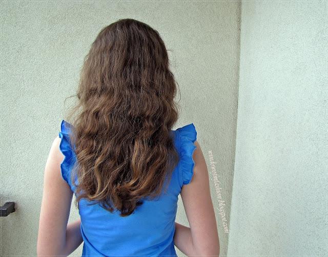 Moje włosy, kolor: ciemny blond, długość: za łopatki