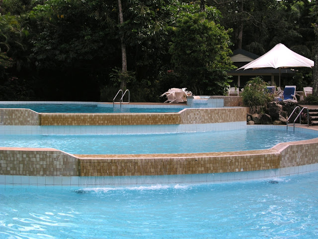 Why Your Swimming Pool Needs a Pool Aerator | Home Design ...