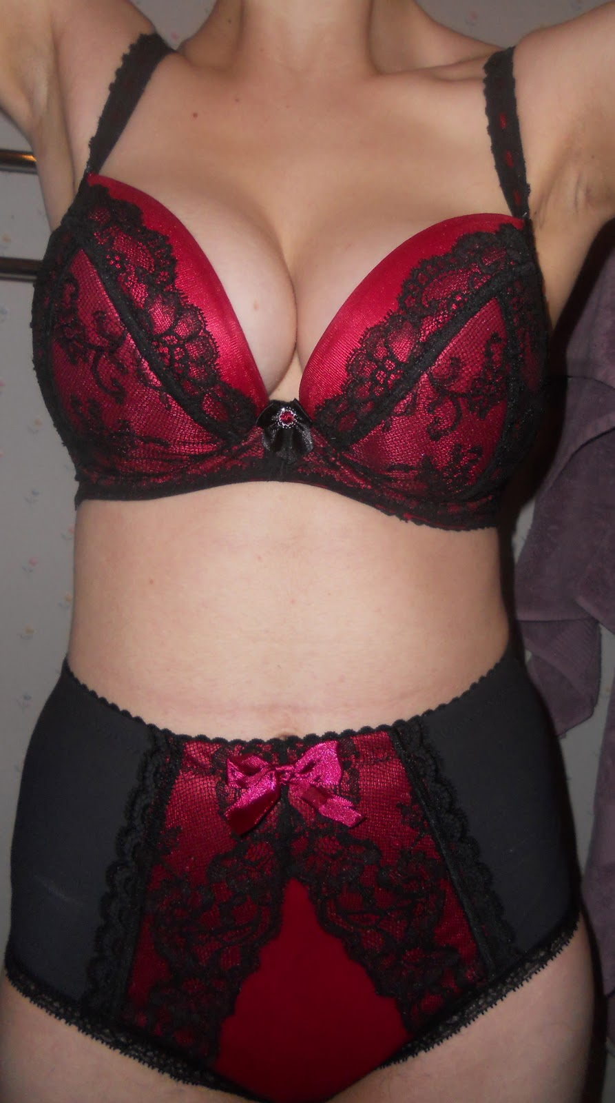 d60900765 Curves of all brushstrokes welcome  Ewa Michalak PL Milady Bra Review
