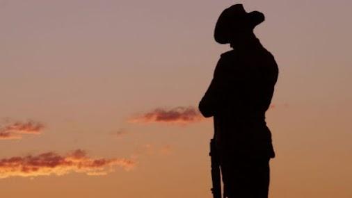 LEST WE FORGET http://bit.ly/2pZAwI9 #Anzac, #AnzacDay, #Australia, #AustralianNavy, #AustralianArmy...