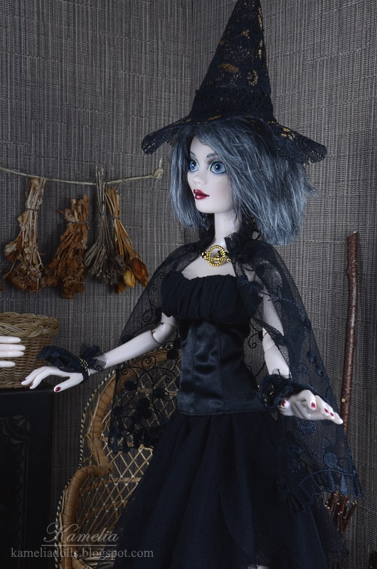 Wilde Imagination doll