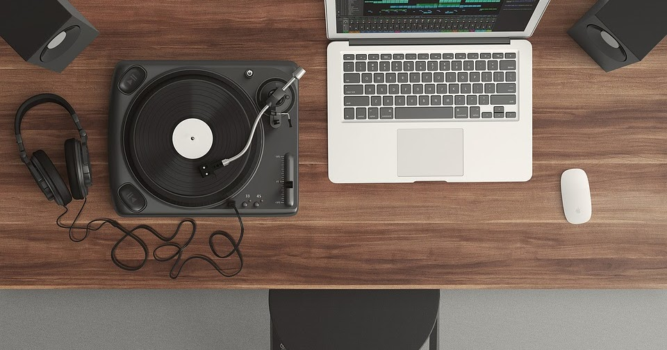 Six Good Places to Find Free Music and Sound Effects