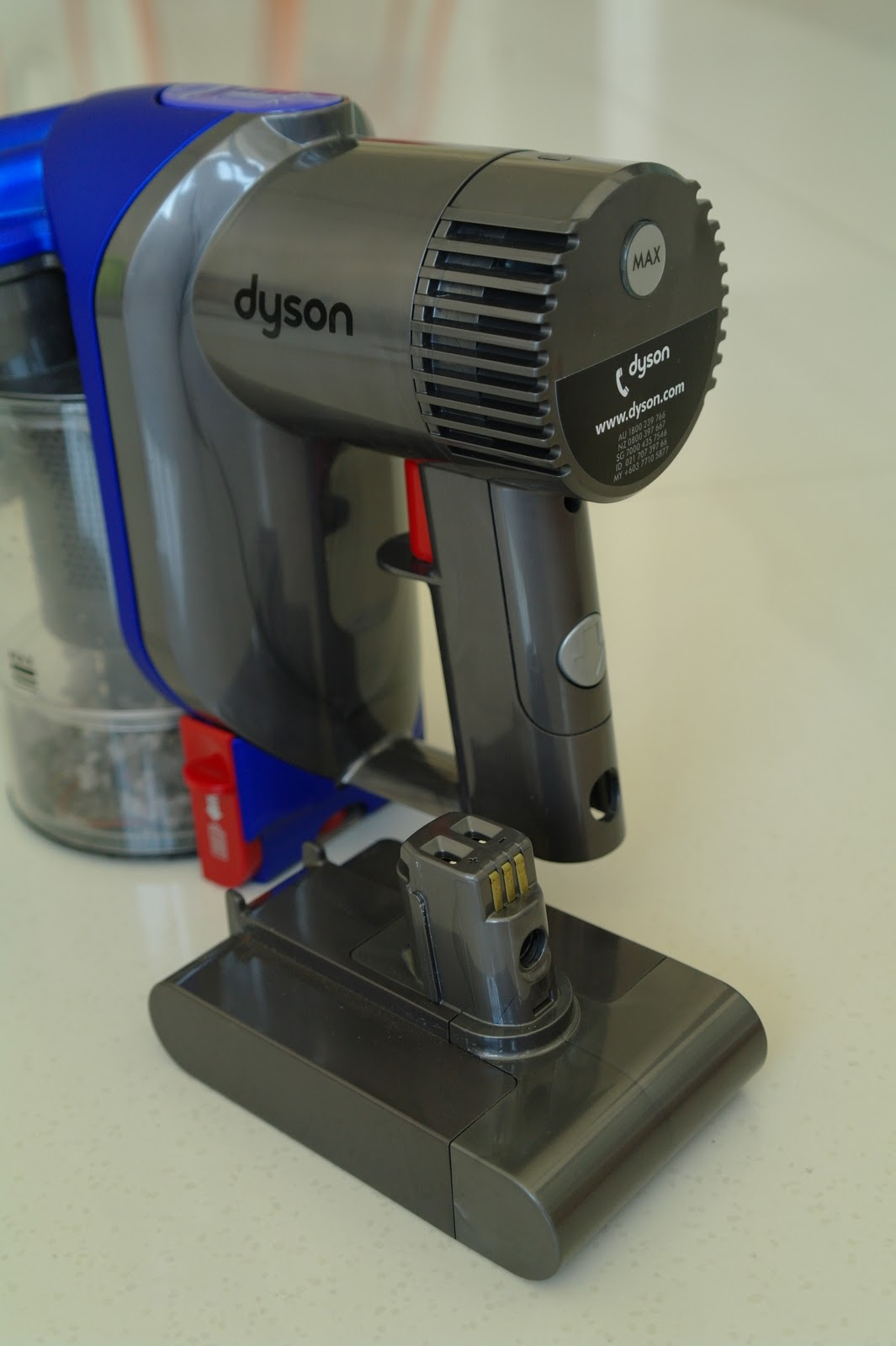 Dyson Dc35 Multi Floor Digital Slim Vacuum Cleaner