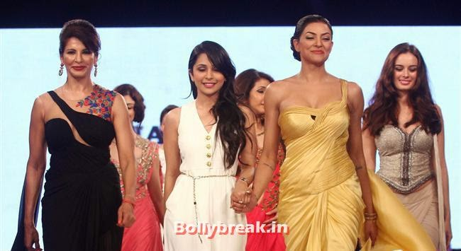 Sushmita Sen, Celebs Sizzle in Ramp at Charity Fashion Show of Smile Foundation
