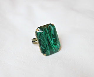 image emerald green vintage glass ring cocktail estate style jewellery jewelry two cheeky monkeys handmade octagon swirled