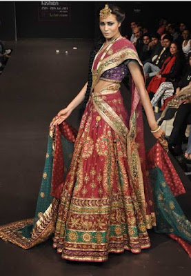 spectacular-indian-bridal-lehenga-designs-by-ritu-kumar-11