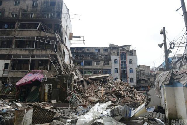 Bikin Nangis, Tertimpa Reruntuhan Gedung, Gadis 3 Tahun ini Selamat Terlindungi Jasad Ayahnya