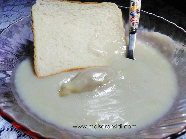 Sedapnya Makan Kuah Durian Cicah Roti