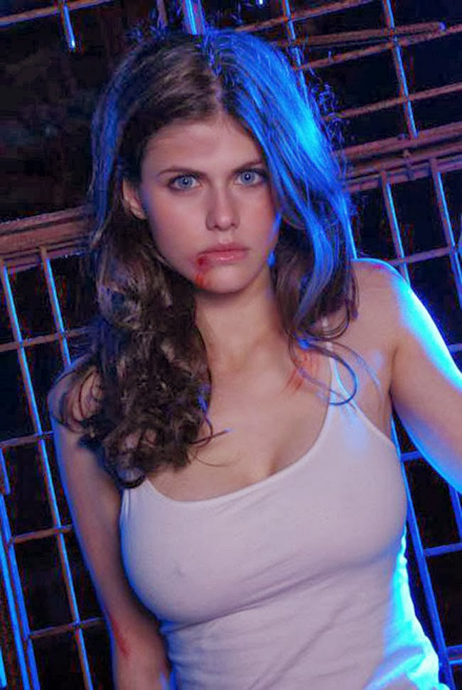 The Sky Has Fallen Hot Girl Of Horror 25 Alexandra Daddario