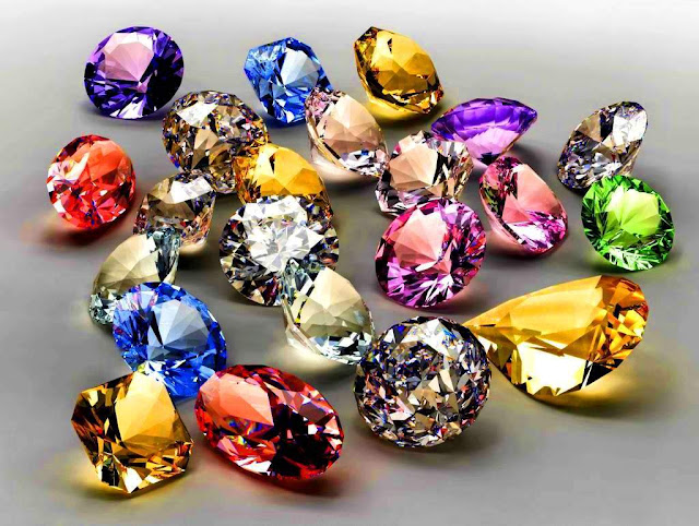 How to Differentiate Between Natural And Synthetic Gemstones?
