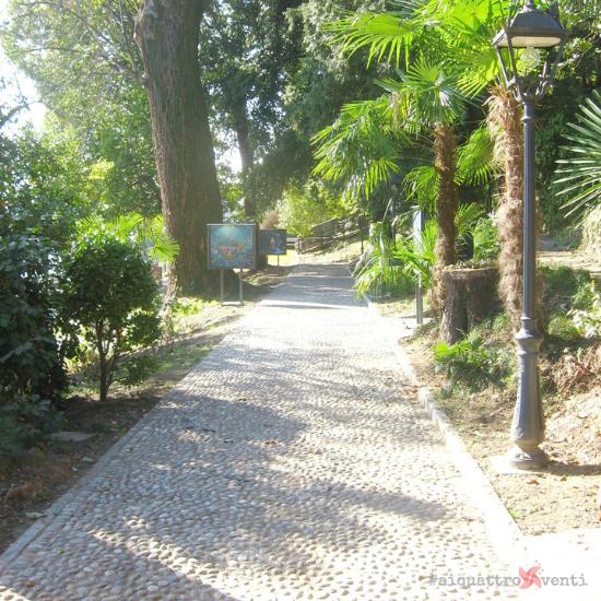 Ai Quattro Venti Lago Maggiore Belgirate Parco Conelli giardino delle favole