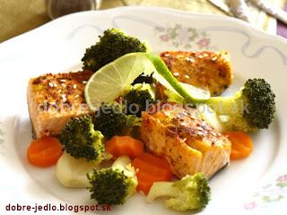 Šťavnatý losos so zeleninou - recepty