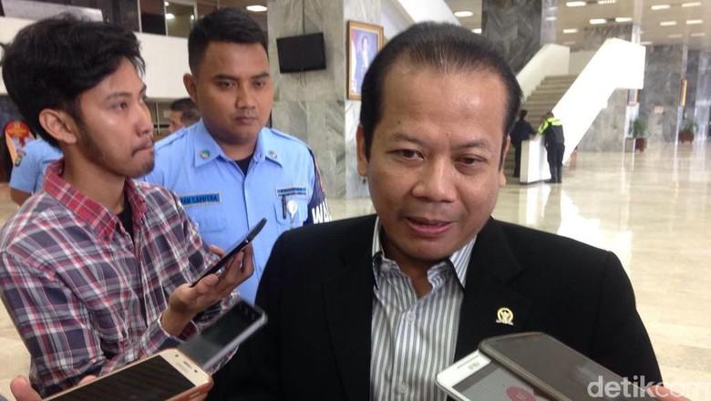 Gubernur Sulut Mengeluhkan Gajinya Yang Kecil dan Meminta Presiden Joko Widodo Menaikkan Gaji