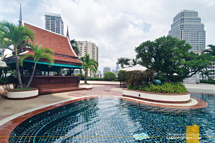 Windsor Suites Bangkok Sukhumvit Rooftop Pool