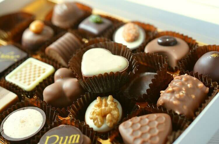 Happy Chocolate Day Wallpaper Download