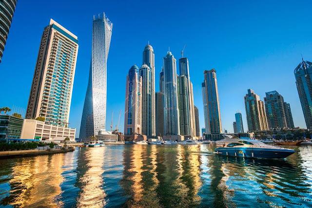 Uae Dubai Metro City Streets Hotels Airport Travel Map Info 9 Beautiful Places In Dubai You