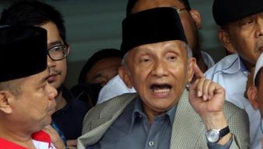 Aktivitasnya Dikaji Tim Asistensi Hukum, Amien Rais Ancam Adukan Wiranto ke Mahkamah Internasional