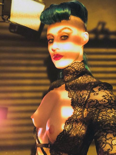 Comic Book Girl 27 lingerie