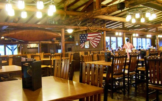 Restaurante Liberty Tree Tavern na Disney em Orlando
