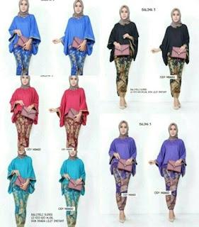 model batik muslim wanita