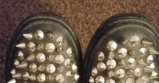 SHOE REVIEW - JEFFREY CAMPBELL SPIKED HAWK FLATS *NEEDS PHOTOS* | All that Jazz