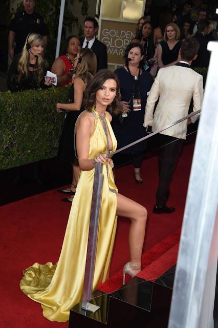 Emily Ratajkowski – 74th Annual Golden Globe Awards