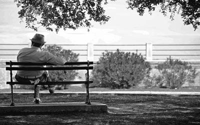 Puisi ratapan pedih seorang duda terbuang kesepian