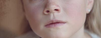 Dilarang Mencabut Bulu Hidung