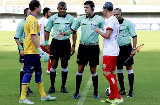 Juazeirense se manifesta contra a escalação do árbitro