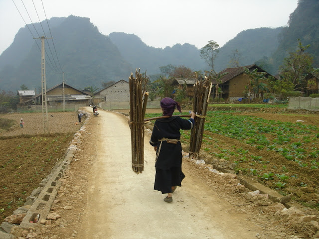Travel to Cao Bang, Vietnam