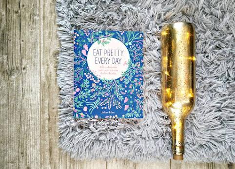 Książka Eat Pretty Every Day - rób codziennie jedną rzecz, która doda Ci blasku