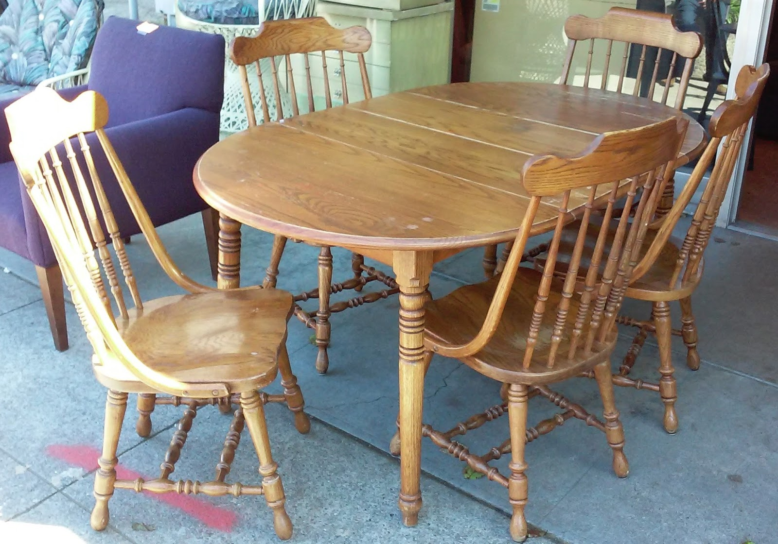 Uhuru Furniture Collectibles Sold Reduced Richardson Brothers Colonial Oak Dinette