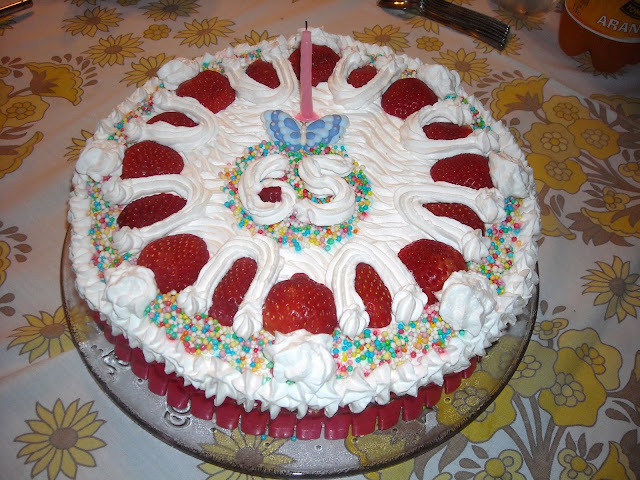Il girasole tante idee per torte decorate for Decorazioni torte frutta e panna