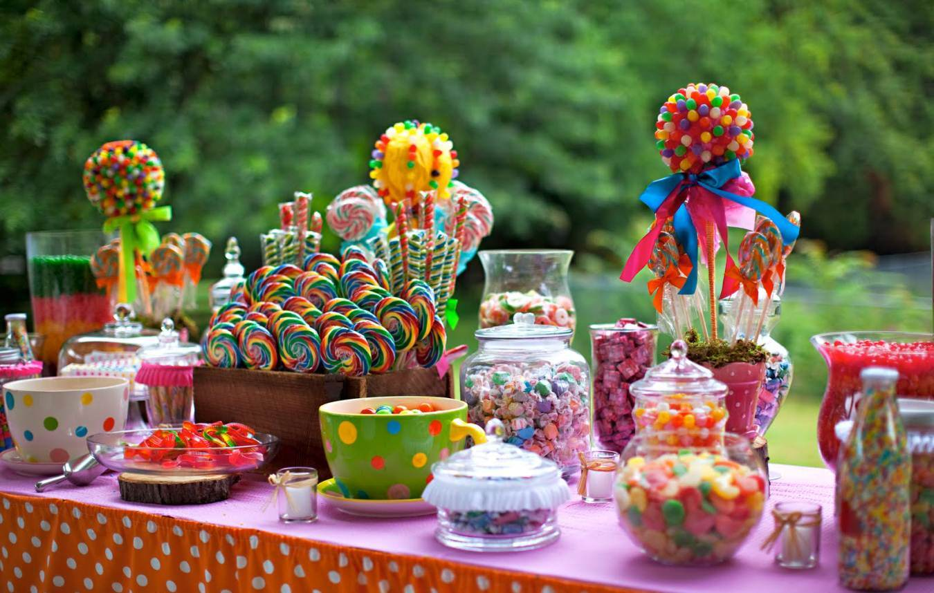 10 ideias para decorar a mesa para uma festa do dia das - Mesa de chuches casera ...
