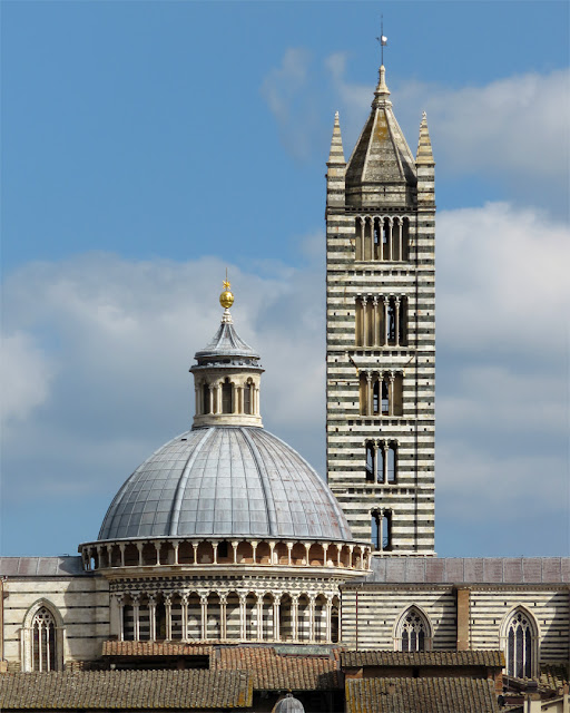 The dome and the bell tower of the Duomo di Siena (Siena Cathedral), Piazza del Duomo, Siena
